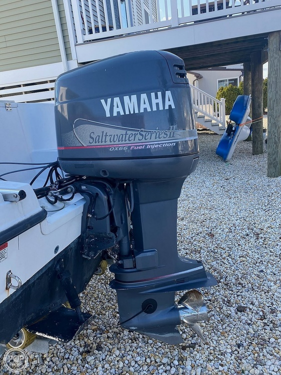 2002 Striper boat for sale, model of the boat is 2101 & Image # 2 of 40