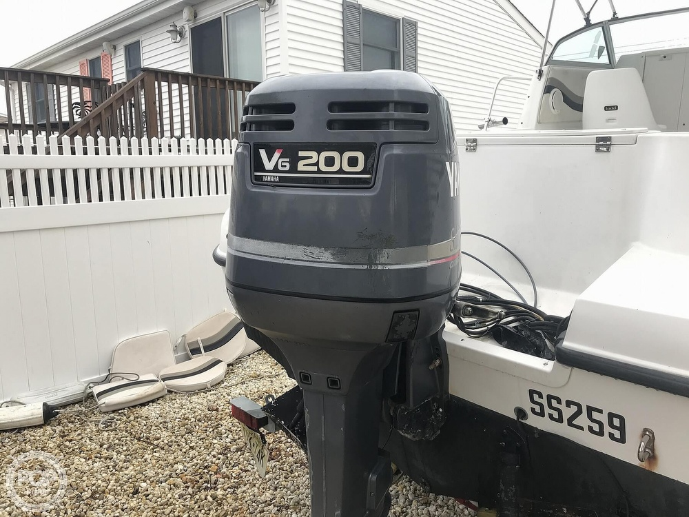 2002 Striper boat for sale, model of the boat is 2101 & Image # 29 of 40