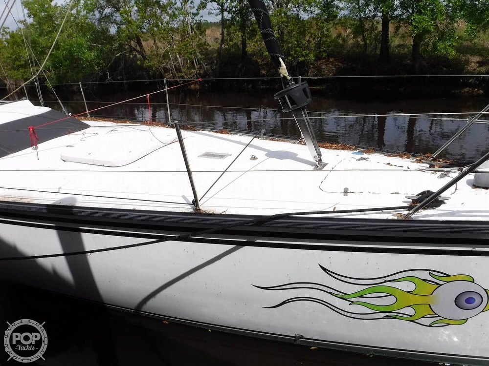 1990 Macgregor boat for sale, model of the boat is 65 Pilothouse & Image # 12 of 40