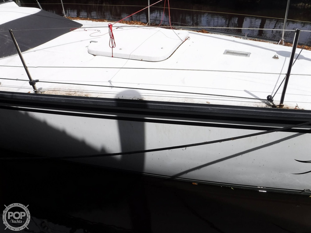 1990 Macgregor boat for sale, model of the boat is 65 Pilothouse & Image # 15 of 40