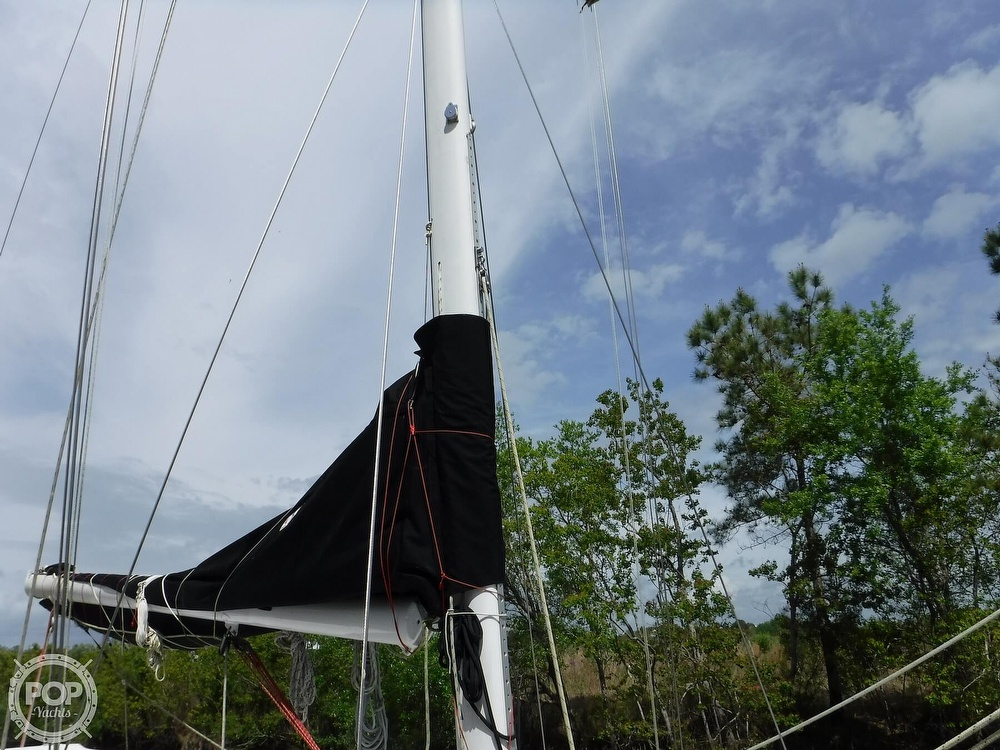 1990 Macgregor boat for sale, model of the boat is 65 Pilothouse & Image # 22 of 40