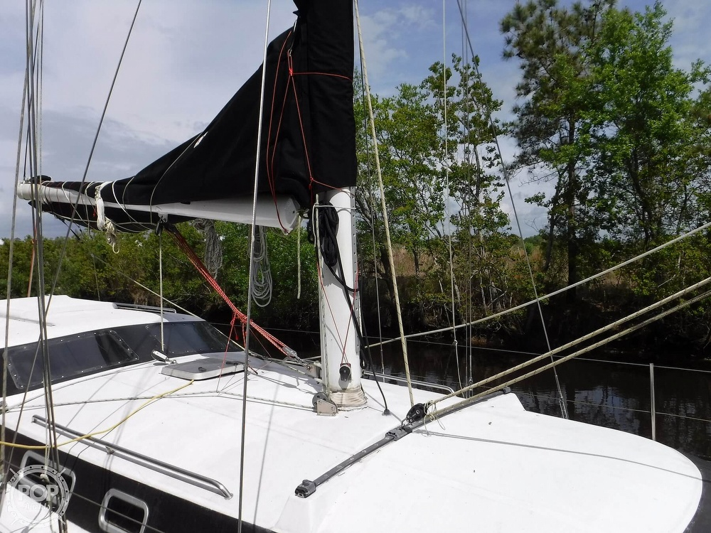 1990 Macgregor boat for sale, model of the boat is 65 Pilothouse & Image # 23 of 40