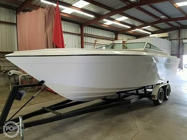 1987 Four Winns boat for sale, model of the boat is Liberator 241 & Image # 5 of 40