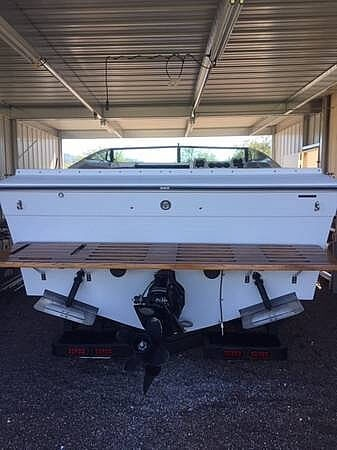 1987 Four Winns boat for sale, model of the boat is Liberator 241 & Image # 9 of 40