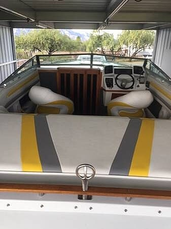 1987 Four Winns boat for sale, model of the boat is Liberator 241 & Image # 12 of 40