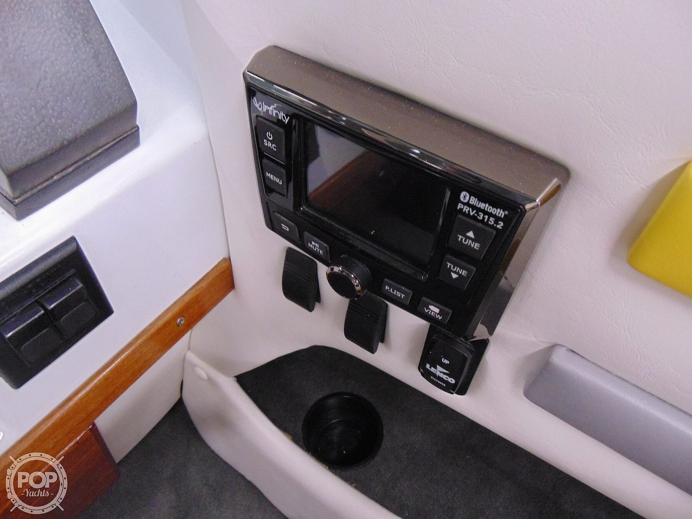 1987 Four Winns boat for sale, model of the boat is Liberator 241 & Image # 20 of 40
