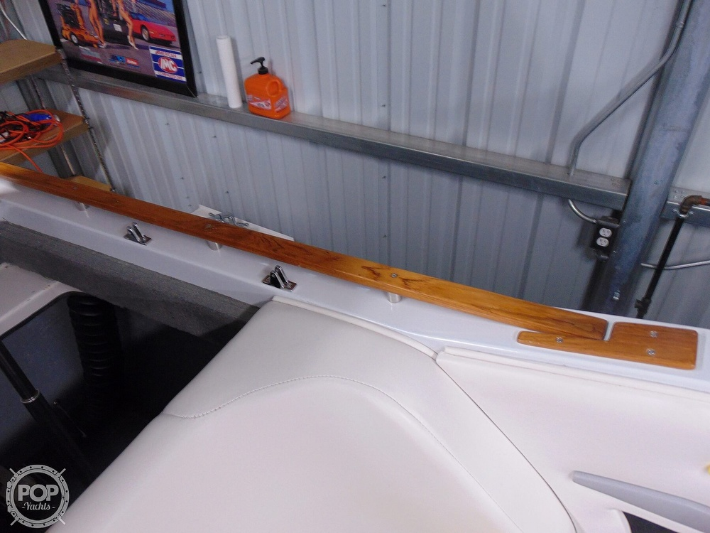 1987 Four Winns boat for sale, model of the boat is Liberator 241 & Image # 34 of 40