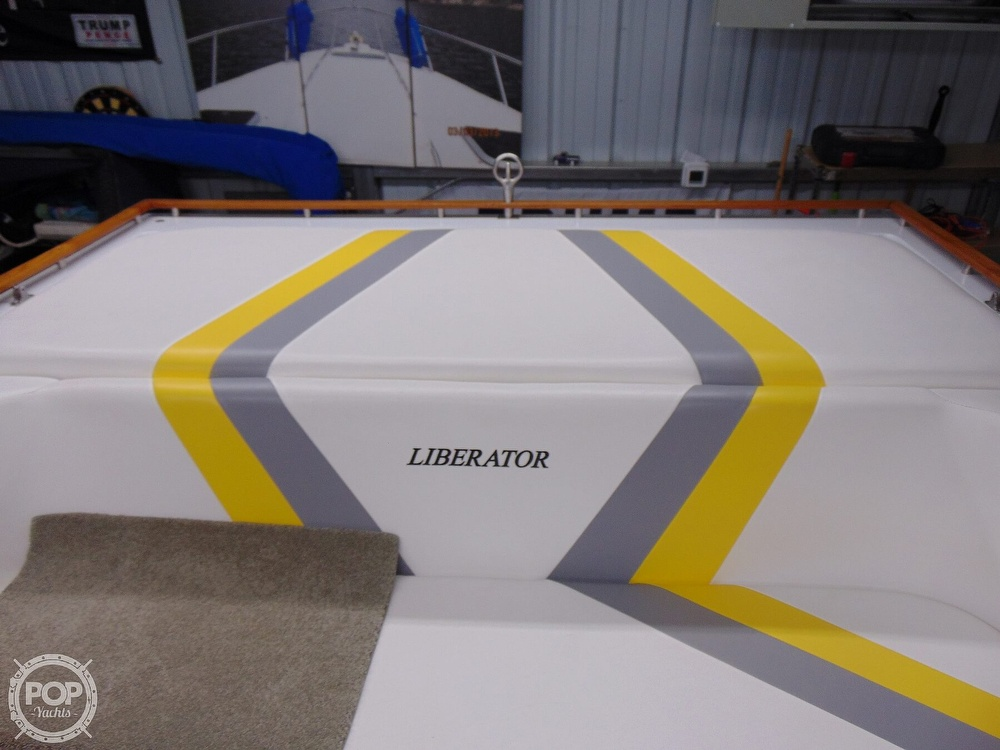 1987 Four Winns boat for sale, model of the boat is Liberator 241 & Image # 36 of 40