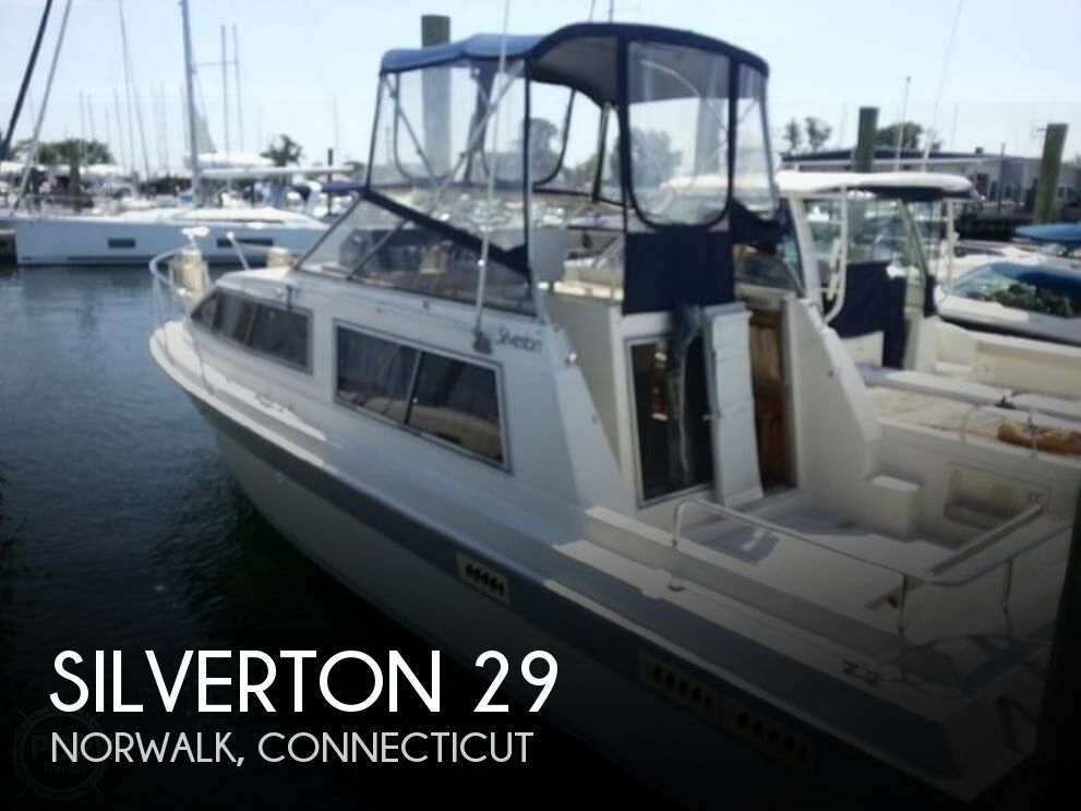 1985 Silverton boat for sale, model of the boat is 29 Sport Cruiser & Image # 1 of 40