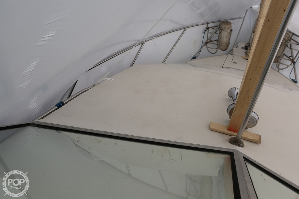 1985 Silverton boat for sale, model of the boat is 29 Sport Cruiser & Image # 16 of 40