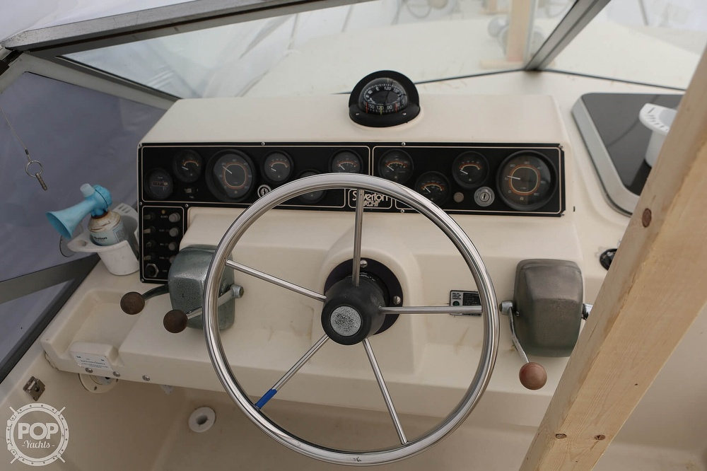 1985 Silverton boat for sale, model of the boat is 29 Sport Cruiser & Image # 18 of 40