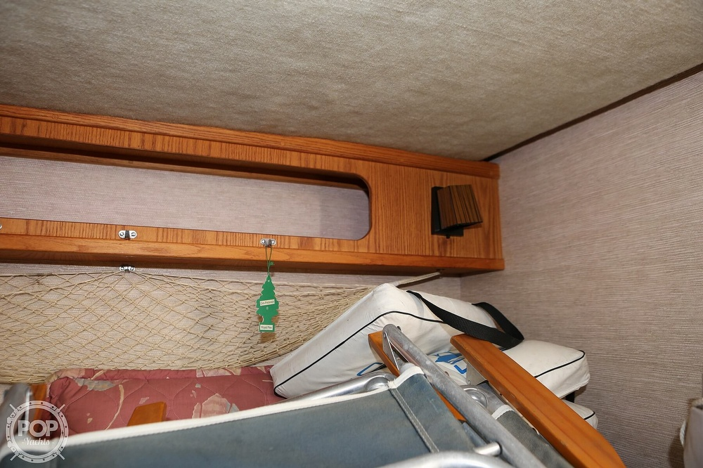 1985 Silverton boat for sale, model of the boat is 29 Sport Cruiser & Image # 38 of 40