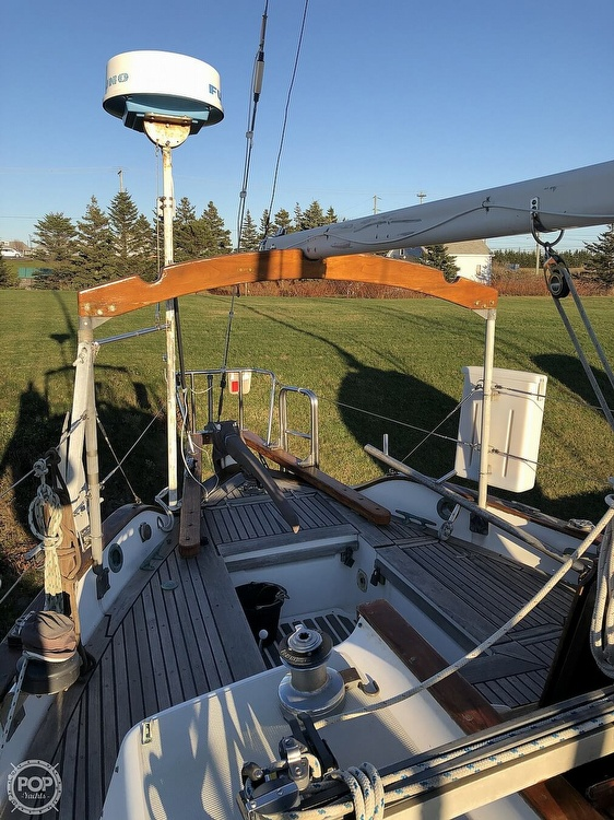 1977 Westsail boat for sale, model of the boat is 32 & Image # 5 of 32