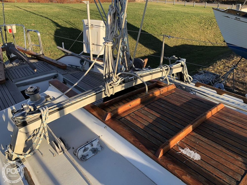 1977 Westsail boat for sale, model of the boat is 32 & Image # 6 of 32