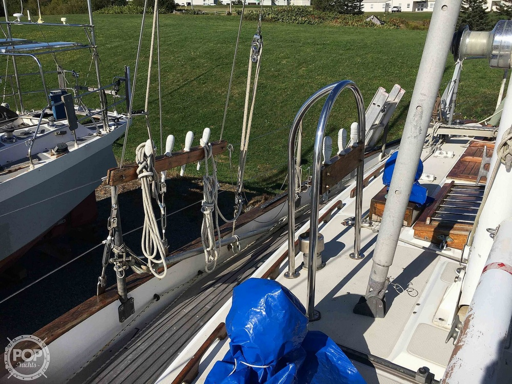 1977 Westsail boat for sale, model of the boat is 32 & Image # 9 of 32