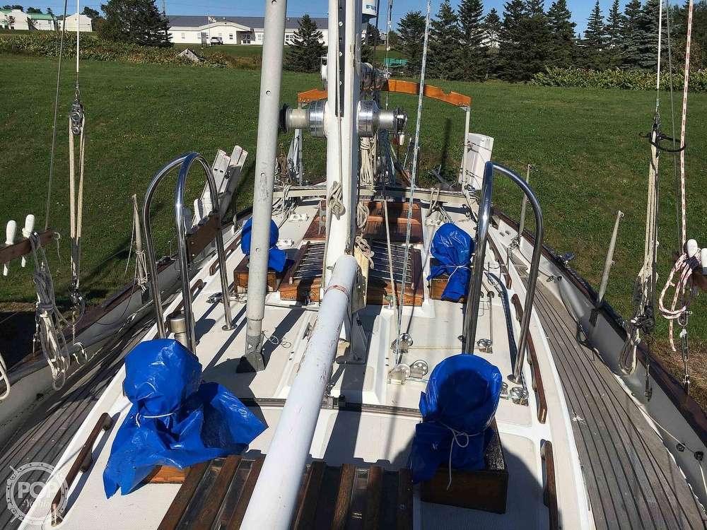 1977 Westsail boat for sale, model of the boat is 32 & Image # 10 of 32