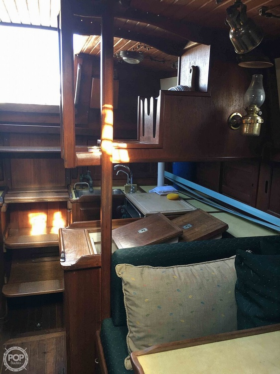 1977 Westsail boat for sale, model of the boat is 32 & Image # 15 of 32