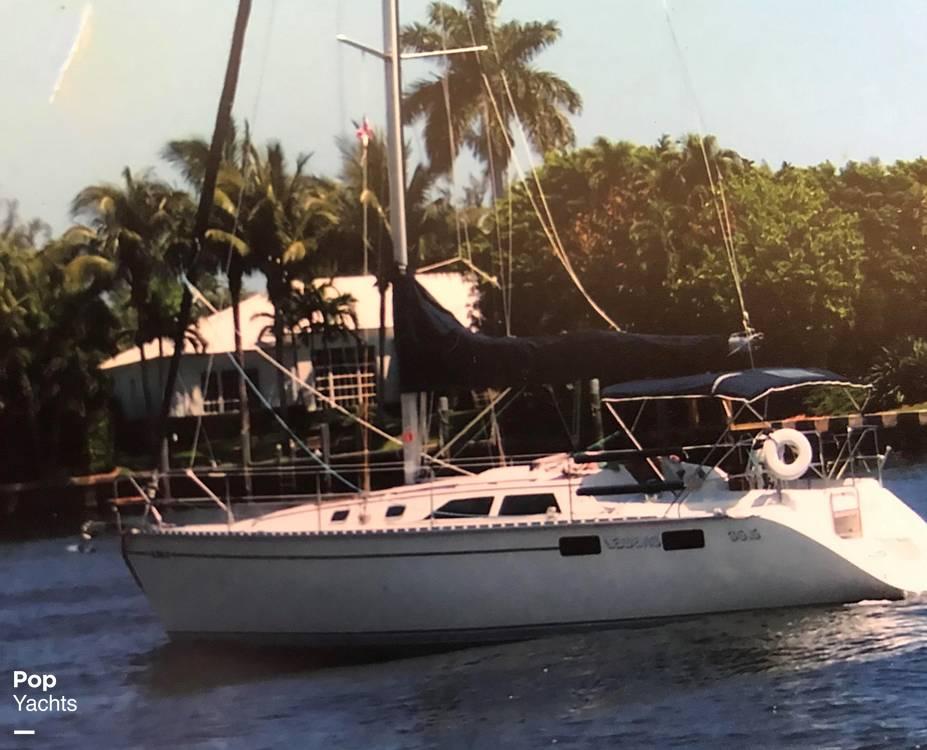 1990 35 foot Hunter Legend - image 2
