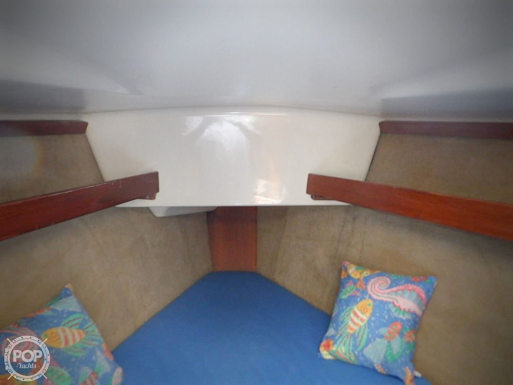 1990 Hunter boat for sale, model of the boat is 35.5 Legend & Image # 39 of 40