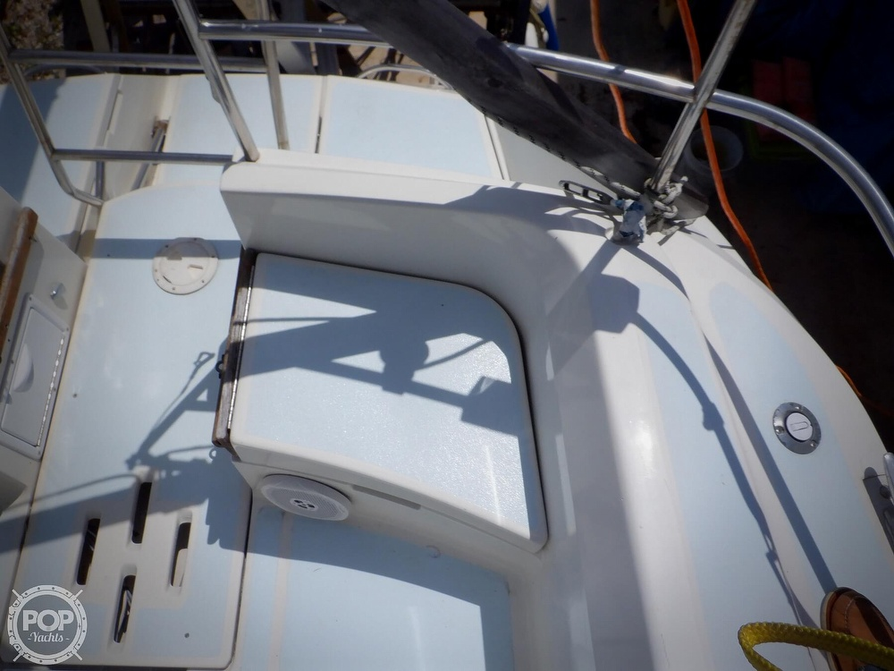 1990 Hunter boat for sale, model of the boat is 35.5 Legend & Image # 2 of 40