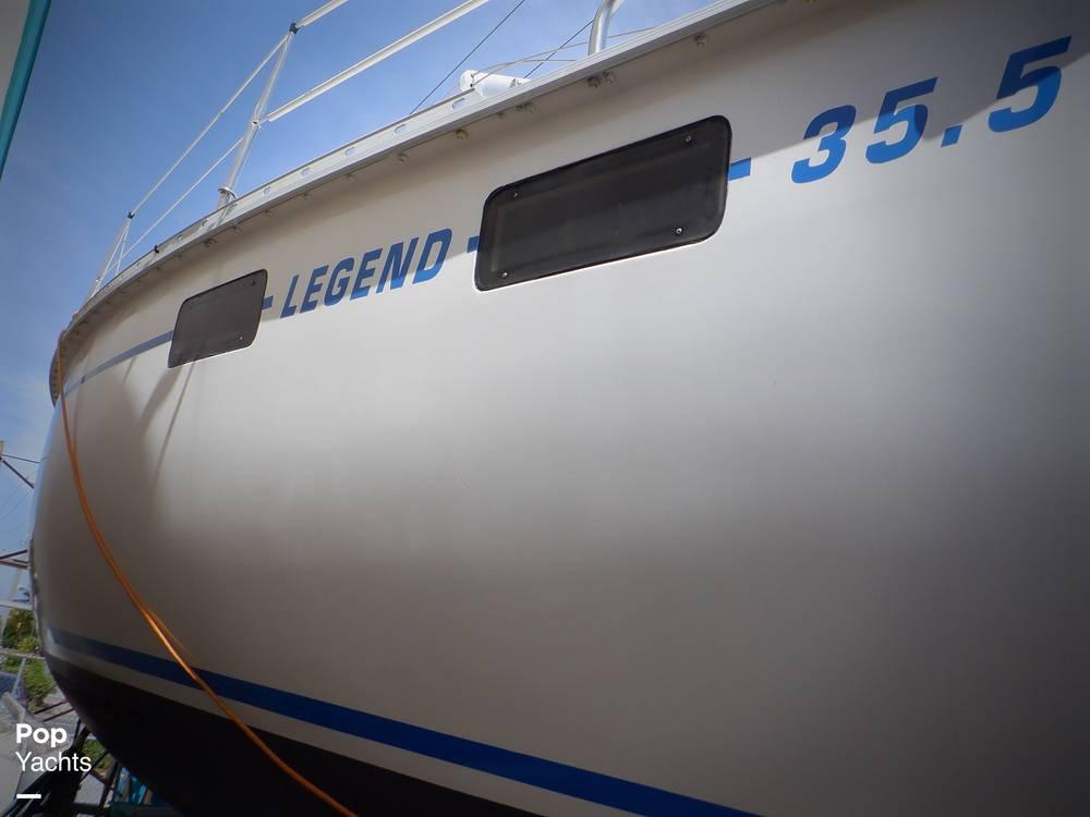 1990 Hunter boat for sale, model of the boat is 35.5 Legend & Image # 27 of 40