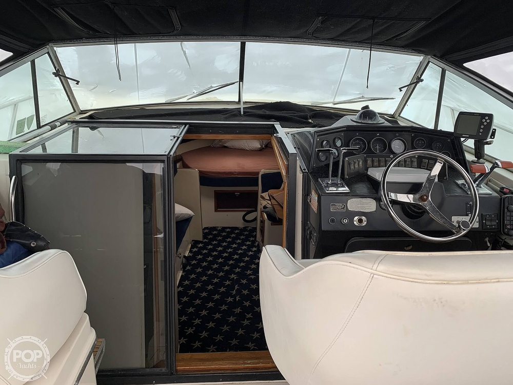 1985 Wellcraft boat for sale, model of the boat is St Tropez 3200 & Image # 2 of 40