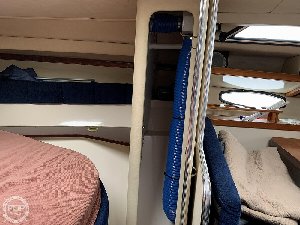 1985 Wellcraft boat for sale, model of the boat is St Tropez 3200 & Image # 27 of 40