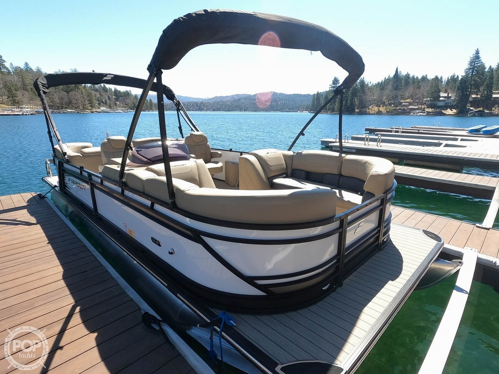 2019 Starcraft boat for sale, model of the boat is SLS 3 & Image # 4 of 40