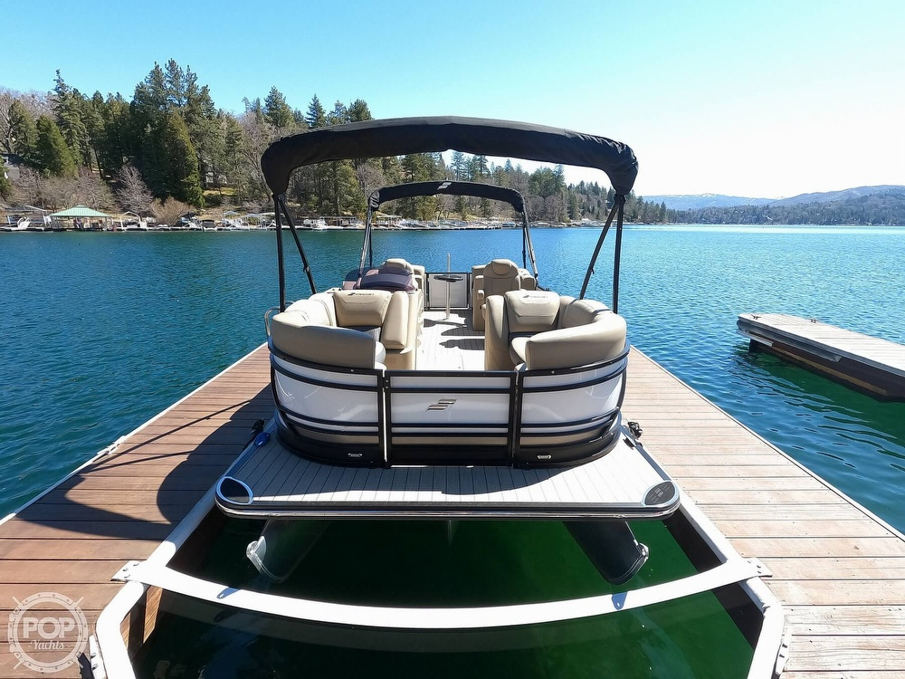 2019 Starcraft boat for sale, model of the boat is SLS 3 & Image # 5 of 40