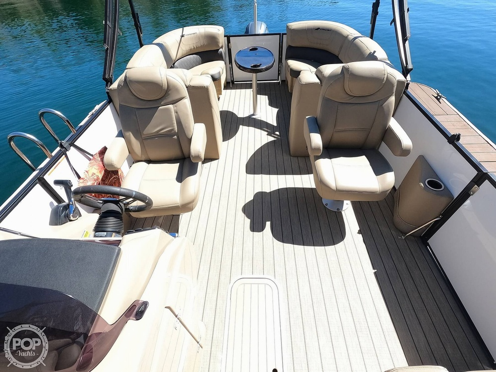 2019 Starcraft boat for sale, model of the boat is SLS 3 & Image # 9 of 40