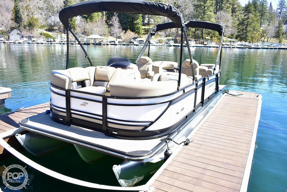 2019 Starcraft boat for sale, model of the boat is SLS 3 & Image # 21 of 40