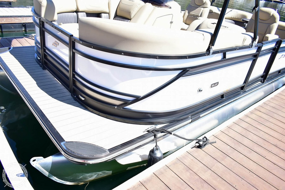 2019 Starcraft boat for sale, model of the boat is SLS 3 & Image # 22 of 40