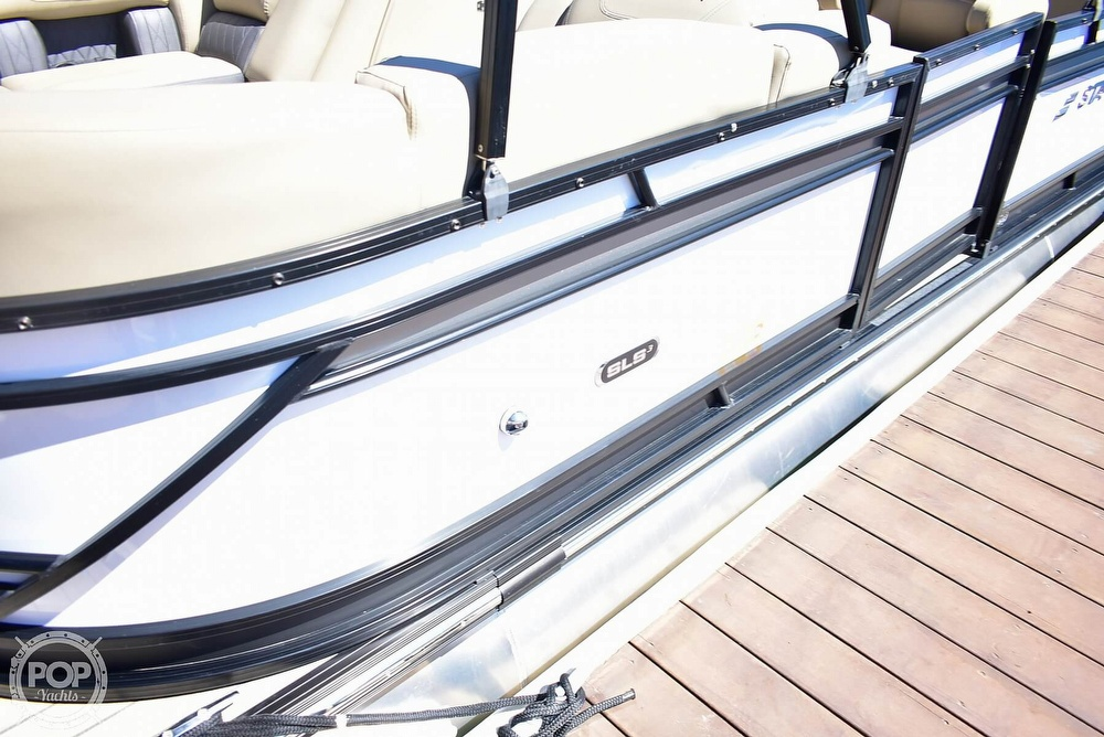 2019 Starcraft boat for sale, model of the boat is SLS 3 & Image # 24 of 40