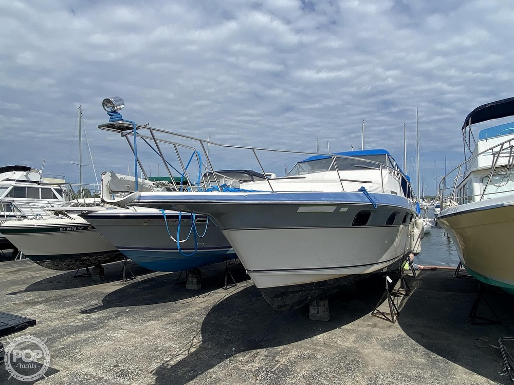 1986 Cruisers Yachts boat for sale, model of the boat is 337 Esprit & Image # 39 of 40