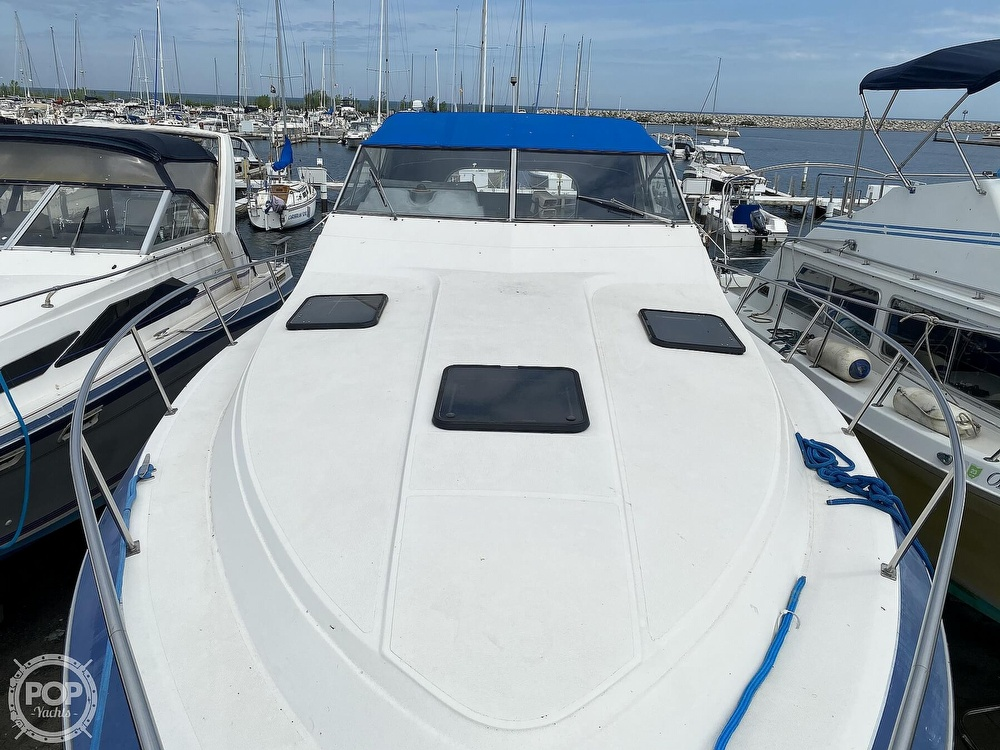 1986 Cruisers Yachts boat for sale, model of the boat is 337 Esprit & Image # 5 of 40
