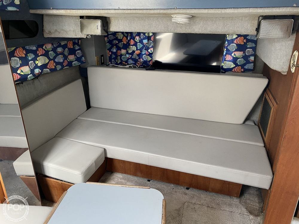 1986 Cruisers Yachts boat for sale, model of the boat is 337 Esprit & Image # 13 of 40