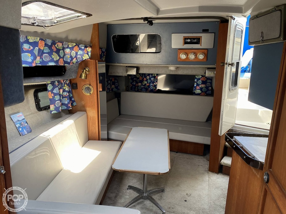 1986 Cruisers Yachts boat for sale, model of the boat is 337 Esprit & Image # 15 of 40