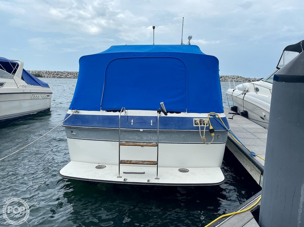 1986 Cruisers Yachts boat for sale, model of the boat is 337 Esprit & Image # 17 of 40
