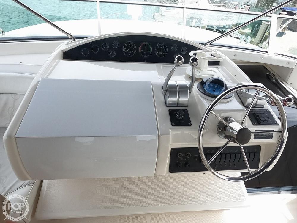 1998 Bayliner 5788 Pilot-House Motoryacht - image 3