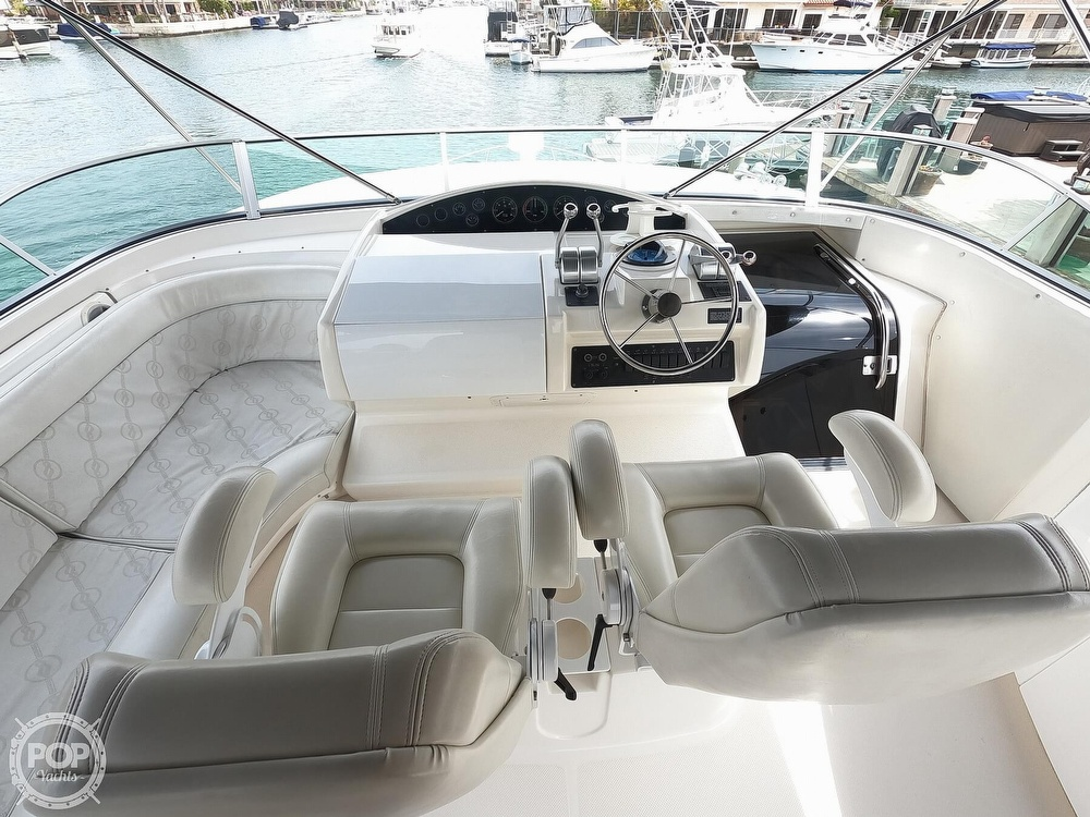 1998 Bayliner 5788 Pilot-House Motoryacht - image 6