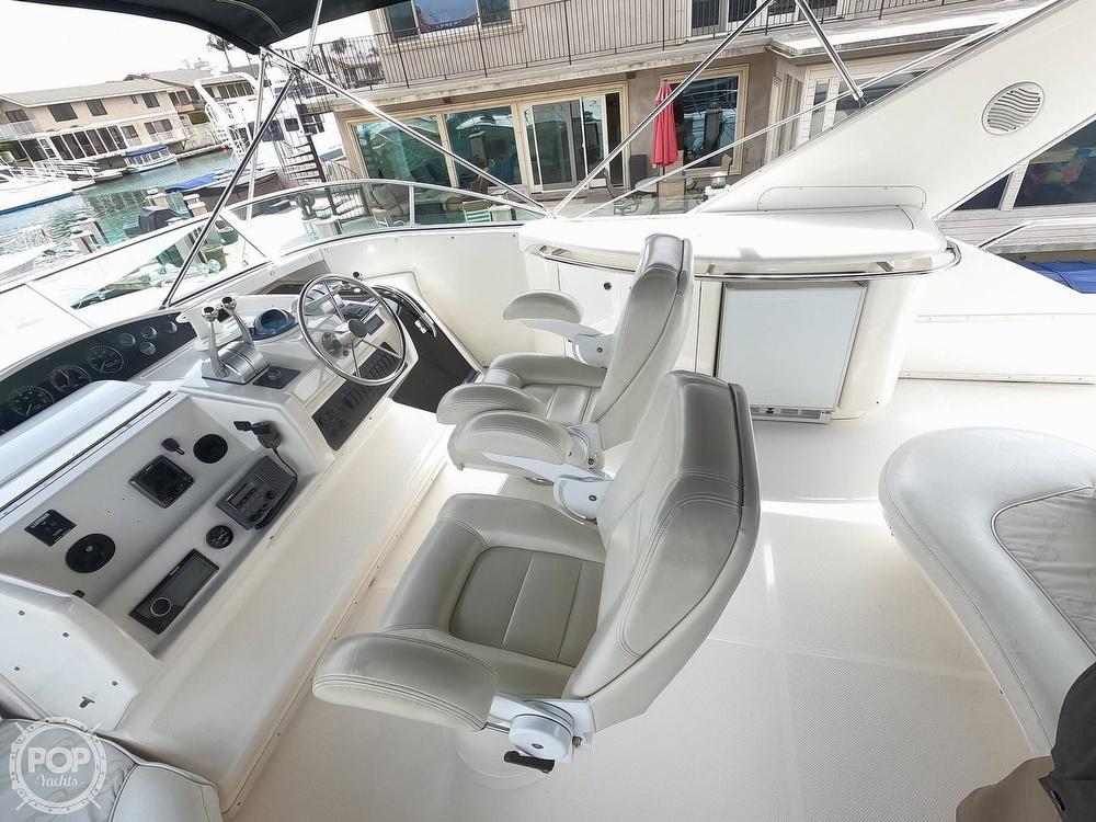 1998 Bayliner 5788 Pilot-House Motoryacht - image 7