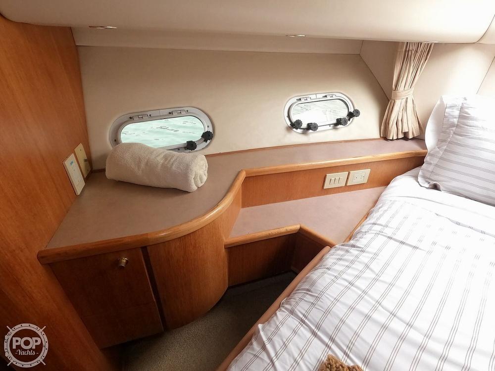1998 Bayliner 5788 Pilot-House Motoryacht - image 22