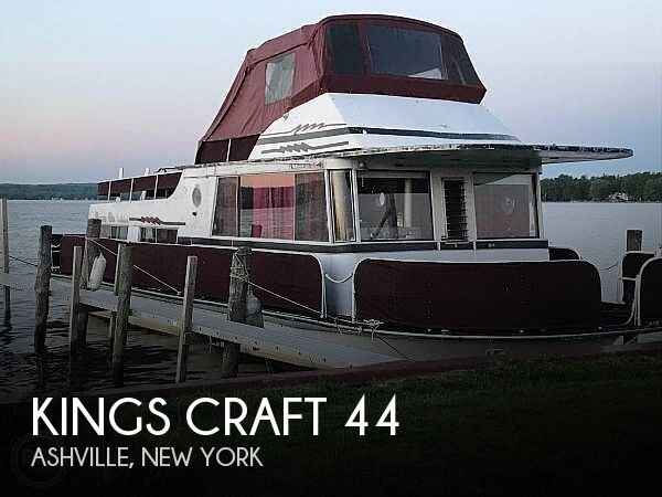 Used Houseboats For Sale in New York by owner | 1970 Kings Craft 44