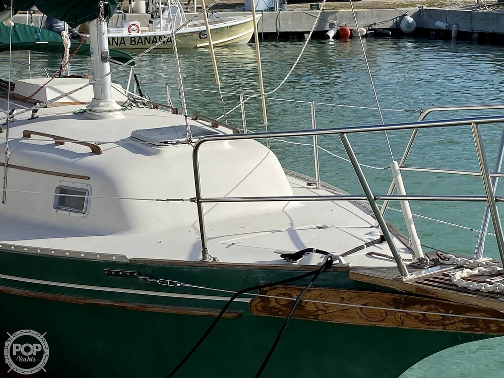 1988 Bayfield Yachts boat for sale, model of the boat is 29 & Image # 15 of 40