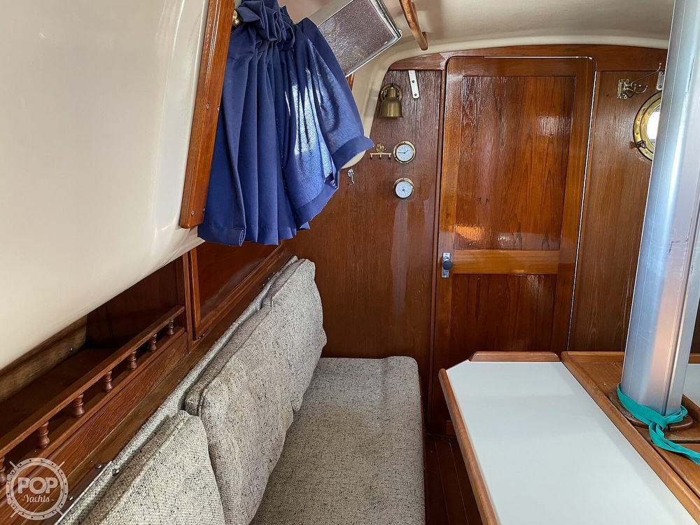 1988 Bayfield Yachts boat for sale, model of the boat is 29 & Image # 32 of 40