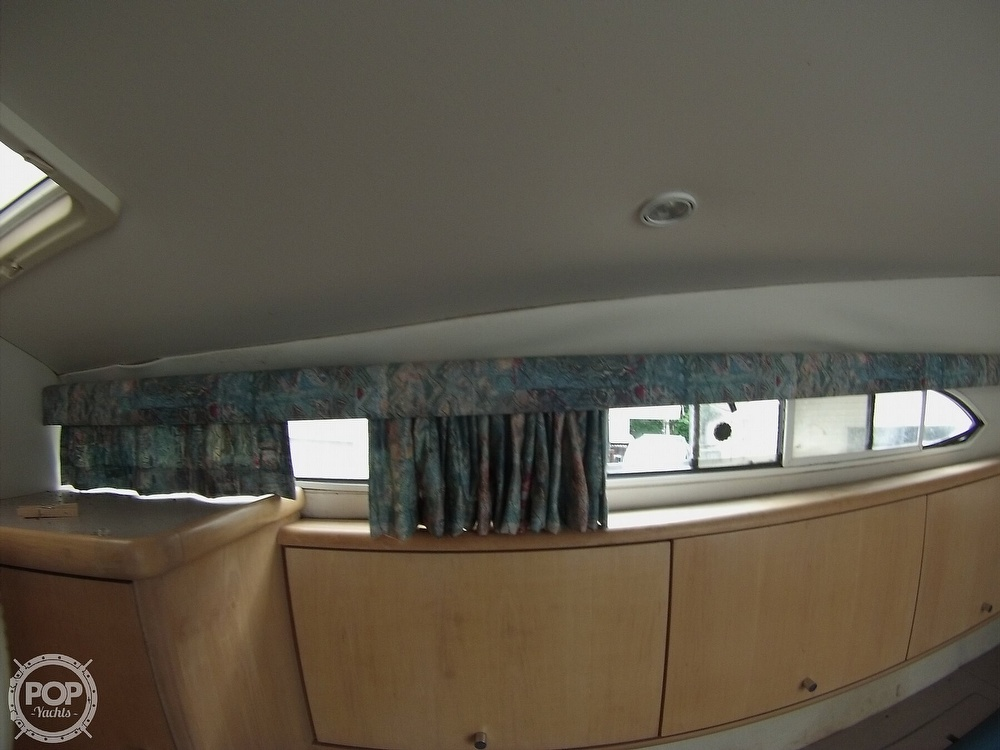 1995 Carver boat for sale, model of the boat is 310 mid cabin express & Image # 31 of 40