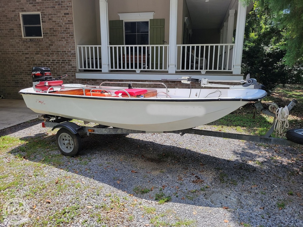 1967 Boston Whaler boat for sale, model of the boat is 13 & Image # 2 of 40