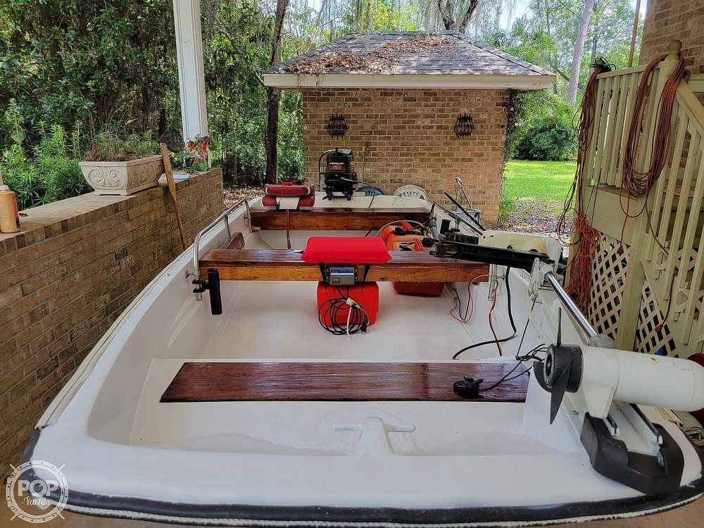 1967 Boston Whaler boat for sale, model of the boat is 13 & Image # 32 of 40