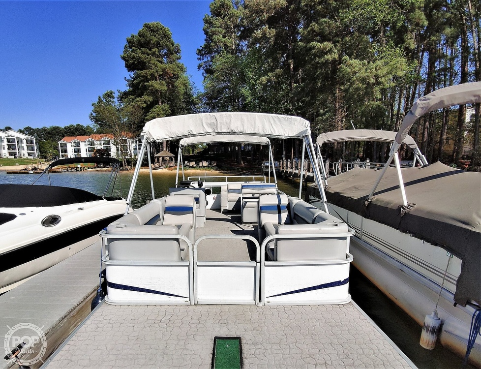 1995 Crest boat for sale, model of the boat is 25 Pontoon & Image # 4 of 40