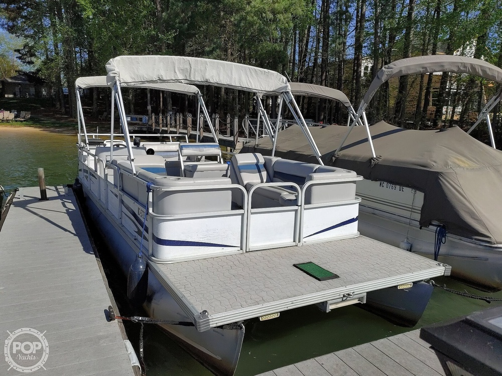 1995 Crest boat for sale, model of the boat is 25 Pontoon & Image # 15 of 40